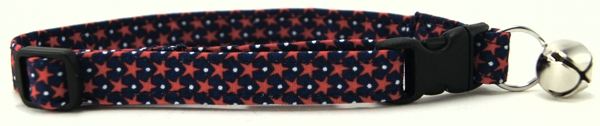Tiny Red Stars on Navy Hearts Cat Collar